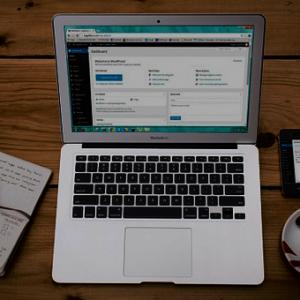 Install-Wordpress-di-Hosting-Lokal-beserta-databasenya